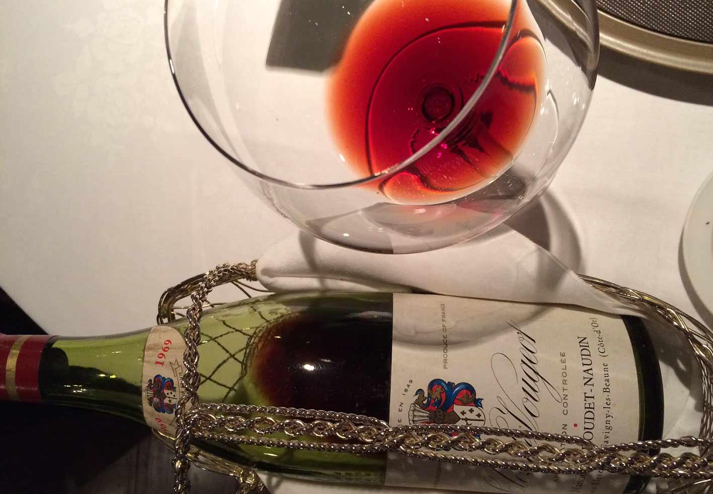 ワインとともに優雅なひとときをお過ごし下さい